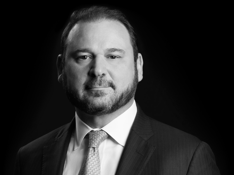 "Turnarounds & Workouts Names Andrew K. Glenn ""Outstanding Restructuring Lawyer"""